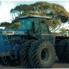 BLUE VERSATILE 876 TRACTOR ON DUALS FOR SALE